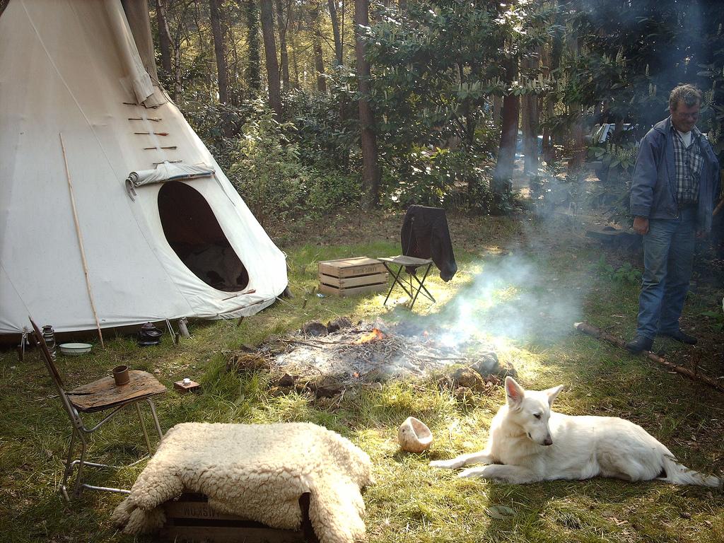 Divje kampiranje v naravi